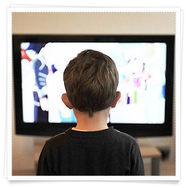 Babys 2 Jahr Entwicklung Wie viel fernsehen darf mein Kind